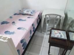 Compartilho quarto de solteiro mobiliado apenas R$ 280