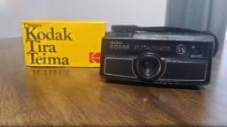 Câmera fotográfica antiga Tira Teima