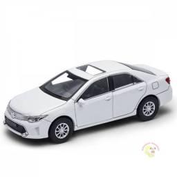 Miniatura De Ferro Toyota Camry 12cm 1:32