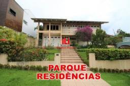 Parque Residências, 3 Suítes + Escritório, 596m² Terreno, Piscina Aquecida