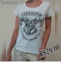 Camisa / Tema: Casas de Hogwarts