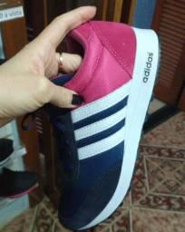 Tênis Adidas Azul e Rosa (Frete Gratis)
