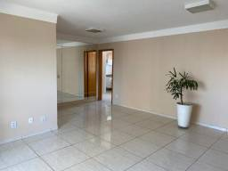 Apartamento 2 por andar, sol da manhã, área privativa com 135 m2.