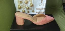 Vendo sandálias vizzano