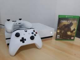 Xbox One S Impecavel - 500 GB - 2 Controles zerados + 2 Jogos - Oportunidade / Entrego!!!