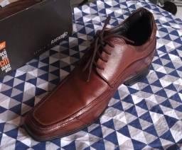 Sapato em Couro legítimo - Rafarillo - Tam. 38 - Novo