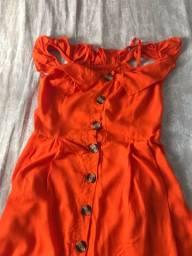 Vestido ombro a ombro laranja com botões