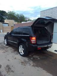 Grand Cherokee. 4.7 V8 limited 2006