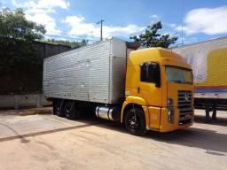 Cavalinho 25320 no truck bau