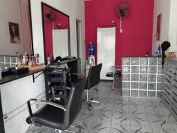 salão  de cabeleireiro completo