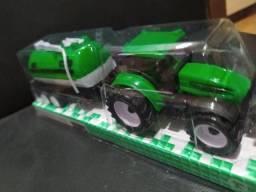 Mini Trator com Compartimento 19,00