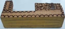 Suporte para caneta e papel e madeira