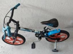 Bicicleta infantil Caloi hot wheels