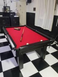 Mesa Tentação de 4 Pés Cor Tabaco Tecido Vermelho e Borda Preta Mod. YA500