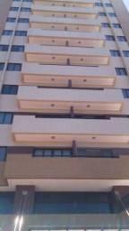 Apartamento em Ponta Negra Mobiliado - 2/4 Suíte - 55m²