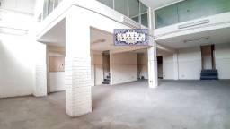 Título do anúncio: Prédio inteiro em São Cristóvão! Lojão salas e apartamento em frente ao quartel e museu!