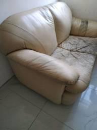Sofá couro legítimo 2 lugares