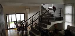 Sobrado com 4 Quartos, sendo 2 Suítes à venda, 250 m² por R$ 1.320.000 - Jardins Viena