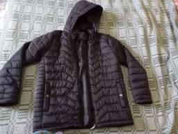 Vende-se jaqueta unissex semi-nova...
