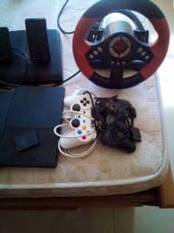 Vendo 2 Playstation 2 com 3 controles,memory card volante e pedaleira e mais de 70 jogos.