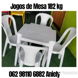 Conjunto  de Mesa Plastica.