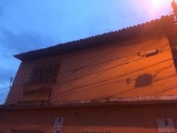 Aluga-se casa no Bairro de Fátima