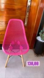 Cadeira retrô vazada