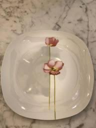 Jogo de prato de porcelana