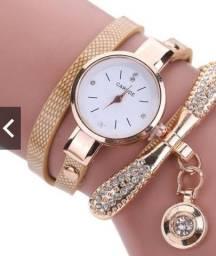 Relógio de pulso quartzo analógico com strass e couro