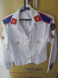 Blusa de galã do colégio da polícia