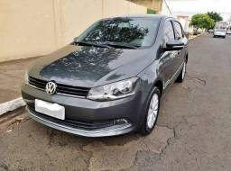Volkswagen Voyage ( parcelamos )