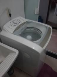 Máquina de lavar de 12 kg.