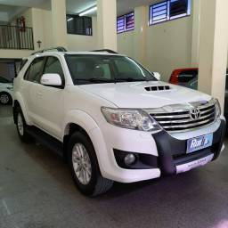 HILUX SW4 3.0 AUTOMÁTICA 5 LUGARES ANO 2013!