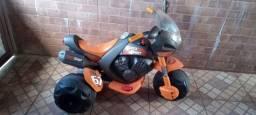 Moto elétrica para crianças