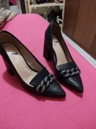 Sapato tamanho 38 novinho