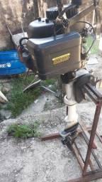 Motor de popa  6 HP pegando normalmente