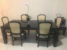 Mesa de jantar, 6 cadeiras, muito bonita
