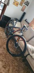 Bicicleta Caloi Explorer aro 29 Shimano quadro 17