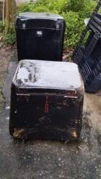 caixa baú de fibra para moto