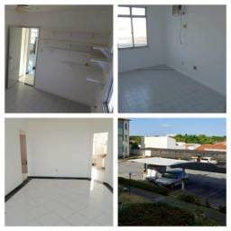 Apartamento 3/4 grande no Santa Lúcia (cond Lagoas do Sol)