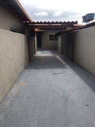Alugo casa setor Santos dumont 3 quartos