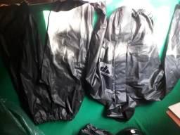 Vendo 3 capas de chuva para motociclista