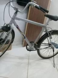 bicicleta muito boa: