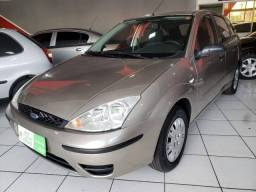 FORD FOCUS 2004/2005 1.6 8V GASOLINA 4P MANUAL