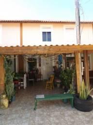 Casa à venda com 2 dormitórios em Hípica, Porto alegre cod:LU429455