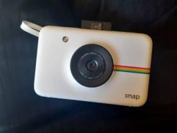 Polaroid snap/ nova/ pouco tempo de uso / não acompanha filme/ vai com cartão de memória