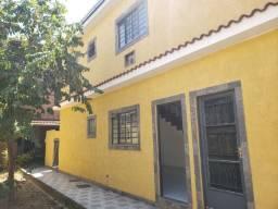 Excelente Casa Geminada Duplex com 2 Quartos em Cordovil