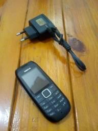 Nokia com carregador (CLARO) 60$