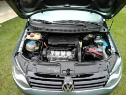 Vendo ou Troco VW Fox 2011 completo (-ar)