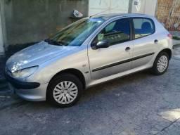 Peugeot 206 8v ano 2000